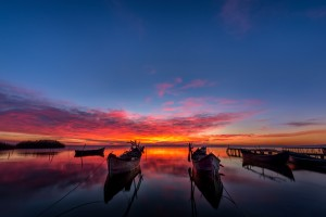 Serhat Ismail - Magical Sunrise over the lake